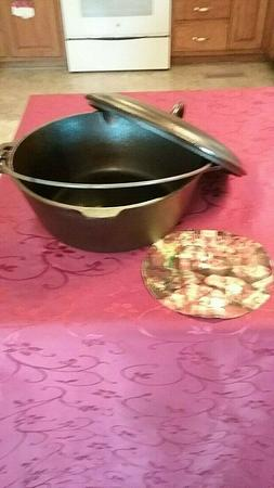 New Old StockBSR Cast Iron Dutch Oven #8 with Lid Bail Handl