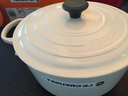 Le Creuset Round 7.25 qt. Dutch Oven Cream New Never Used