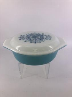 VINTAGE Pyrex Turquoise Blue Doily PROMO Oval Casserole 1.5